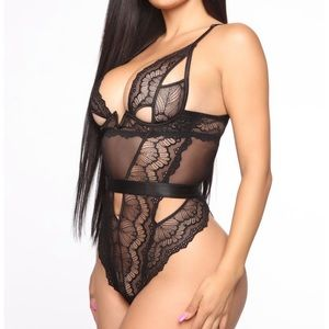 NEW WITH TAGS, Lace thong teddy from Fashionova